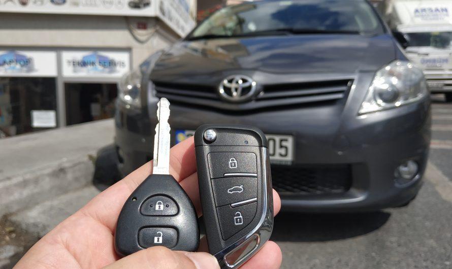 Toyota Auris Sustalı Anahtar